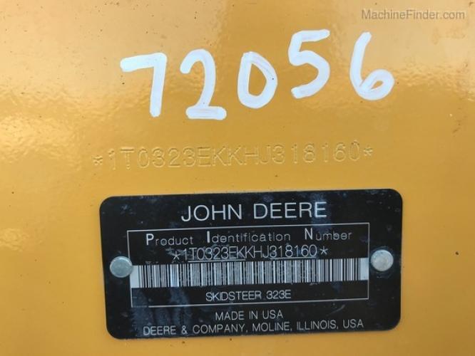 John Deere 323E