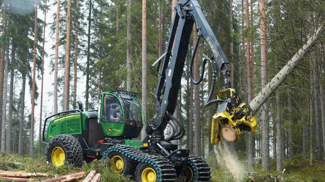 1470G Wheeled Harvester